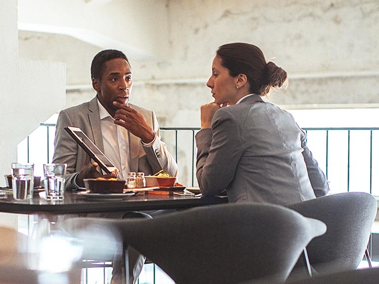 How to nail the most awkward kind of interview: the lunch date