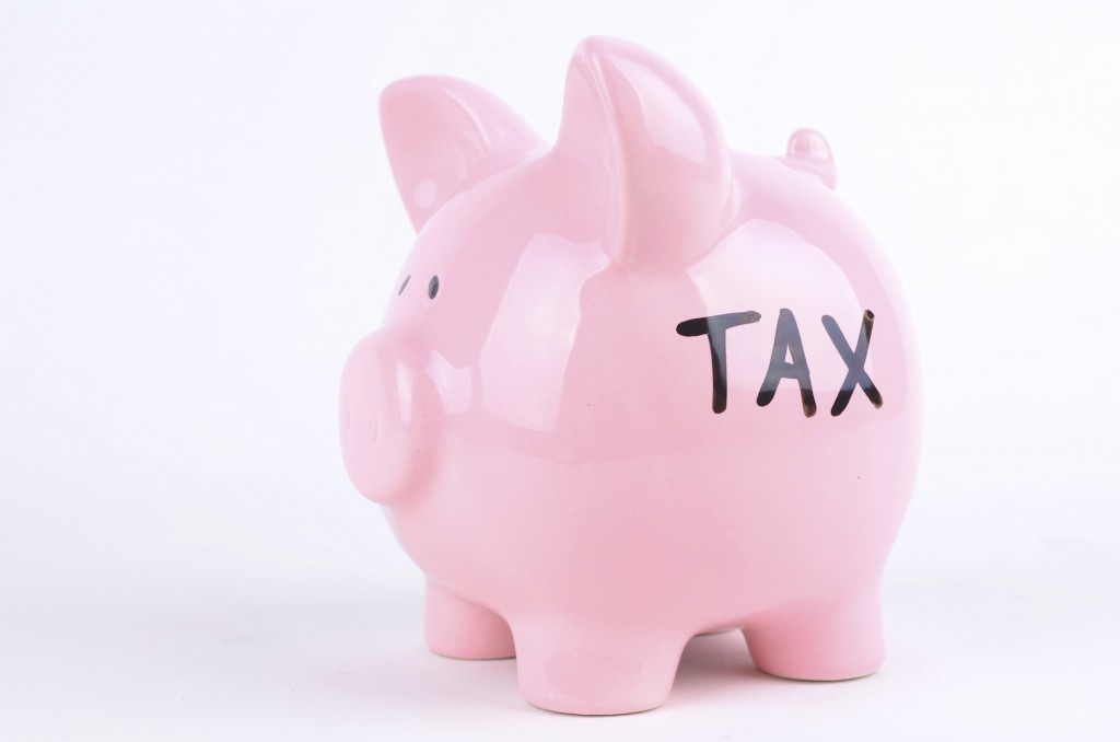 3 employee benefits that can save you money on your taxes
