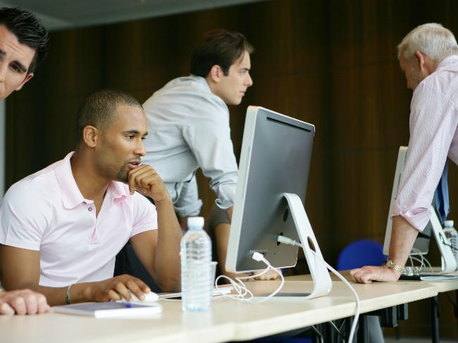 Gehalt f r it berufe in der schweiz 2012 for Berufe in der schweiz