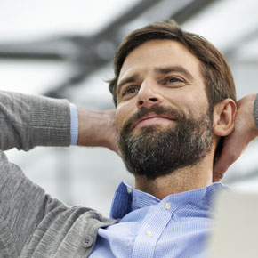 Hinterlegen Sie kostenlos Ihren Lebenslauf oder CV bei Monster, um von Arbeitgebern gefunden zu werden