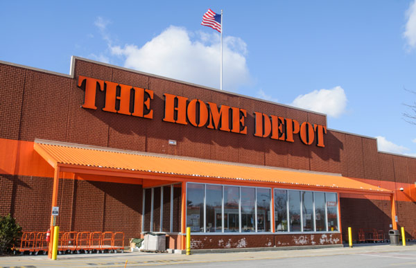 home depot employee benefits essay The case of home depot brings about the opportunity for one to view both the benefits of centralized and decentralized authority and the benefits that it brings to an organization as noted by the success of the home depot , it is vital that mangers in businesses know which form of authority is appropriate during certain stages of the .