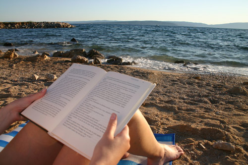 8 books that can help you find a better job this summer