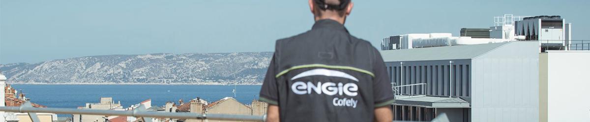 """<p><em>ENGIE Cofely, filiale d'ENGIE et leader de la transition énergétique en France, propose aux entreprises et aux collectivités des solutions pour mieux utiliser les énergies et réduire leur impact environnemental. ENGIE Cofely emploie 12 000 collaborateurs et a réalisé un chiffre d'affaires de 2,7 milliards d'euros en 2017.</em></p> <p><em>Son expertise repose sur des savoir-faire inscrits dans la durée :</em></p> <ul> <li><em>L'optimisation de la performance énergétique et environnementale des bâtiments,</em></li> <li><em>Le développement d'énergies renouvelables au cœur de nos territoires,</em></li> <li><em>L'amélioration globale des services aux bâtiments et aux occupants (Facility Management).</em></li> </ul> <p><em></em></p> <p><em>Dans un monde en profonde mutation, la démarche de ENGIE Cofely s'inscrit au cœur de la transition énergétique; depuis la fourniture d'énergie jusqu'aux services aux occupants, ENGIE Cofely construit avec ses clients des solutions sur-mesure :</em></p> <p><em></em></p> <ul> <li><em>Décarbonnées en proposant un mix énergétique diversifié développant de nouvelles énergies locales et renouvelables au service de la croissance verte ;</em></li> </ul> <p><em></em></p> <ul> <li><em>Décentralisées grâce à un fort ancrage territorial, des équipes de proximité favorisant des relations de confiance dans la durée, garantes de notre excellence opérationnelle ;</em></li> </ul> <p><em></em></p> <ul> <li><em>digitalisées en intégrant les nouvelles technologies numériques et les données issues des objets connectés, pour le confort et le bien-être des usagers.</em></li> </ul> <p><em></em></p> <p><em></em><a href=""""http://www.engie-cofely.fr/""""><em>www.engie-cofely.fr</em></a></p>"""