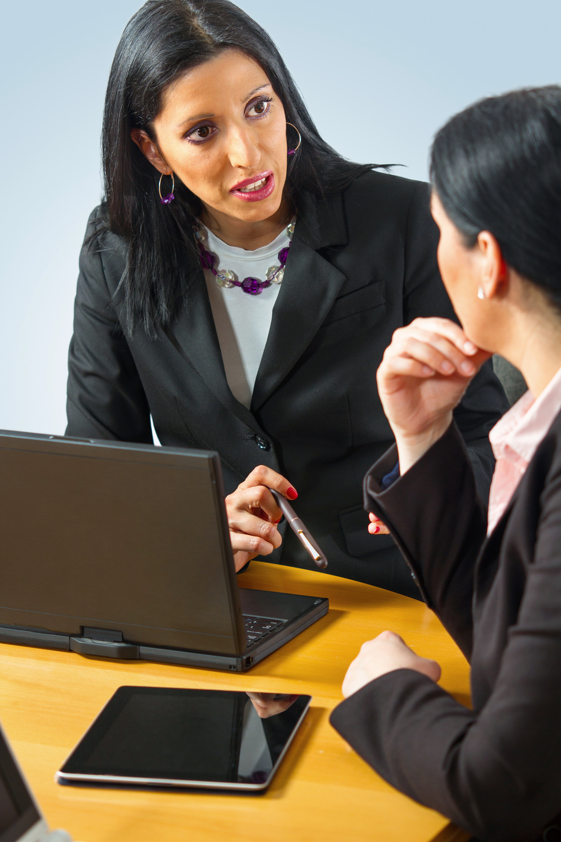 profil et r u00e9mun u00e9ration du conseiller client u00e8le assurance